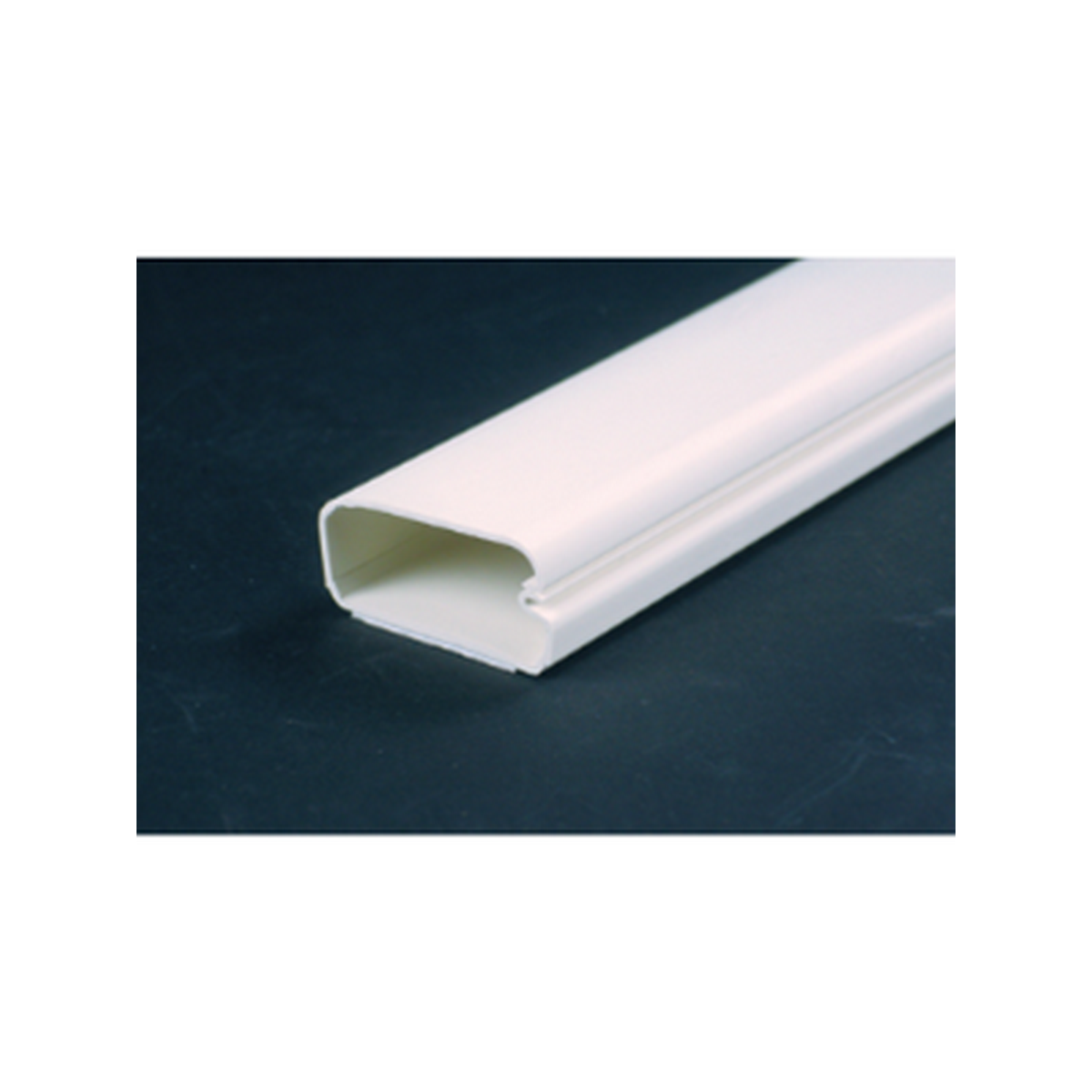 Wiremold 2900 series non-metallic latching raceway. Sold per foot - 8ft lengths, 160ft/box- white .75